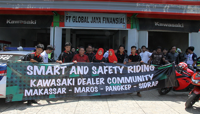 Kawasaki-Makassar-Smart-&-Safety-Riding-Bersama-Komunitas-Ninja-RR-Mono