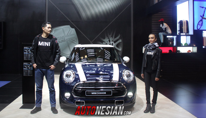 mini-3-door-giias-2015