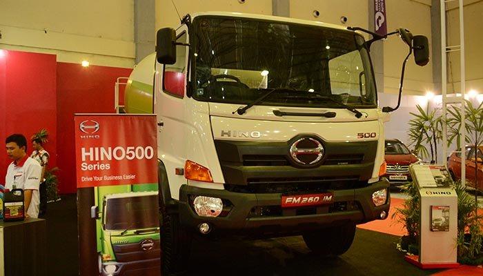 Hino-New-Generation-Ranger-FM-260-JM-Mixer-GIIAS-Makasar-2015