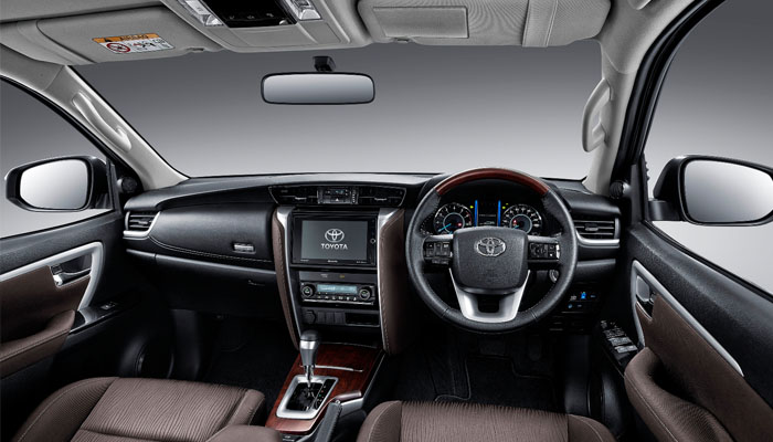 toyota-all-new-fortuner-interior