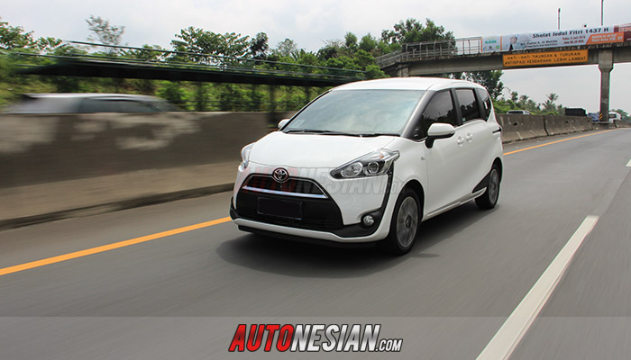 Test-drive-toyota-all-sienta-indonesia-1