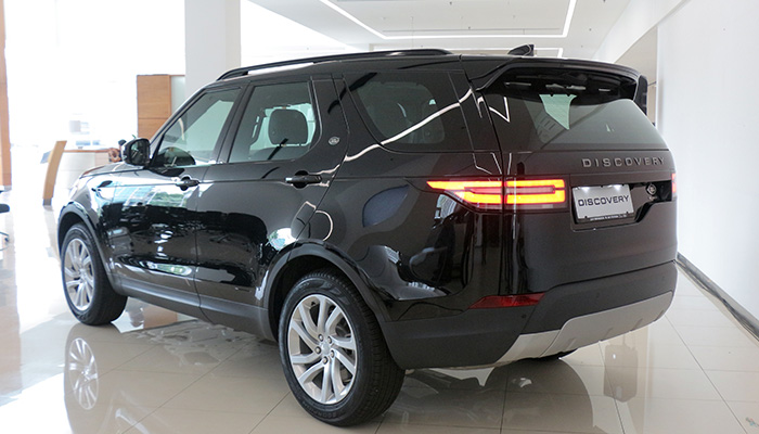 Land-Rover-All-New-Discovery-indonesia-2