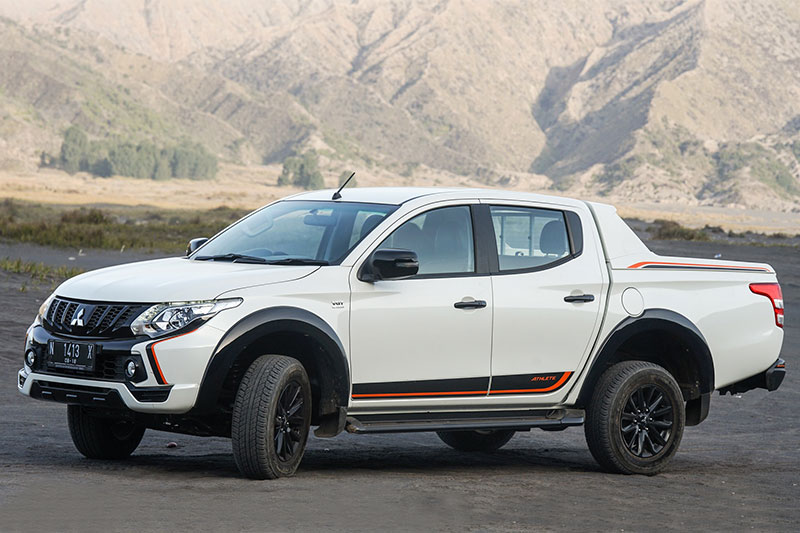 Mitsubishi New Triton Athlete bromo