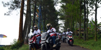 Ride n Camp Journalist Max Community touring Kemerdekaan