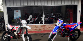 Beta Motorcylce model RR 300 2T dan Xtrainer 300 2T Indonesia