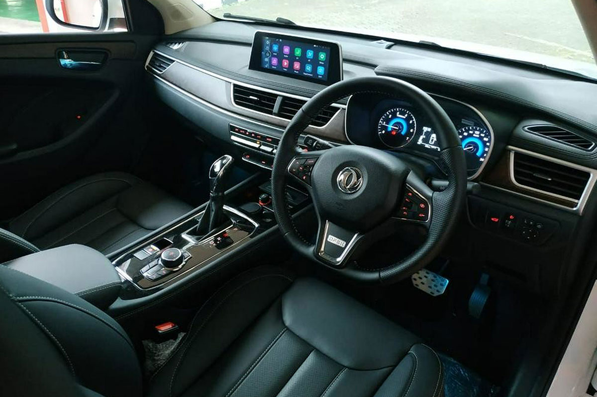 Interior Dfsk Glory i-Auto Indonesia
