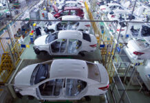 pabrik otomotif toyota perakitan mobil