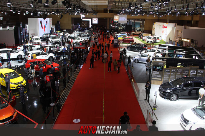 Pameran otomotif Indonesia International Motor Show (IIMS) Hybrid 2021